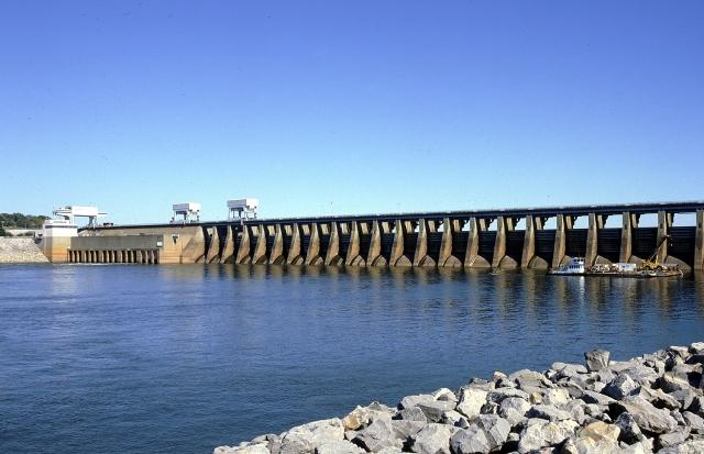 Kentucky_Dam