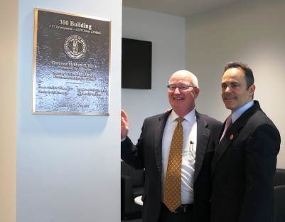 Gov. Bevin and Sec. Landrum unveil the dedication plaque.